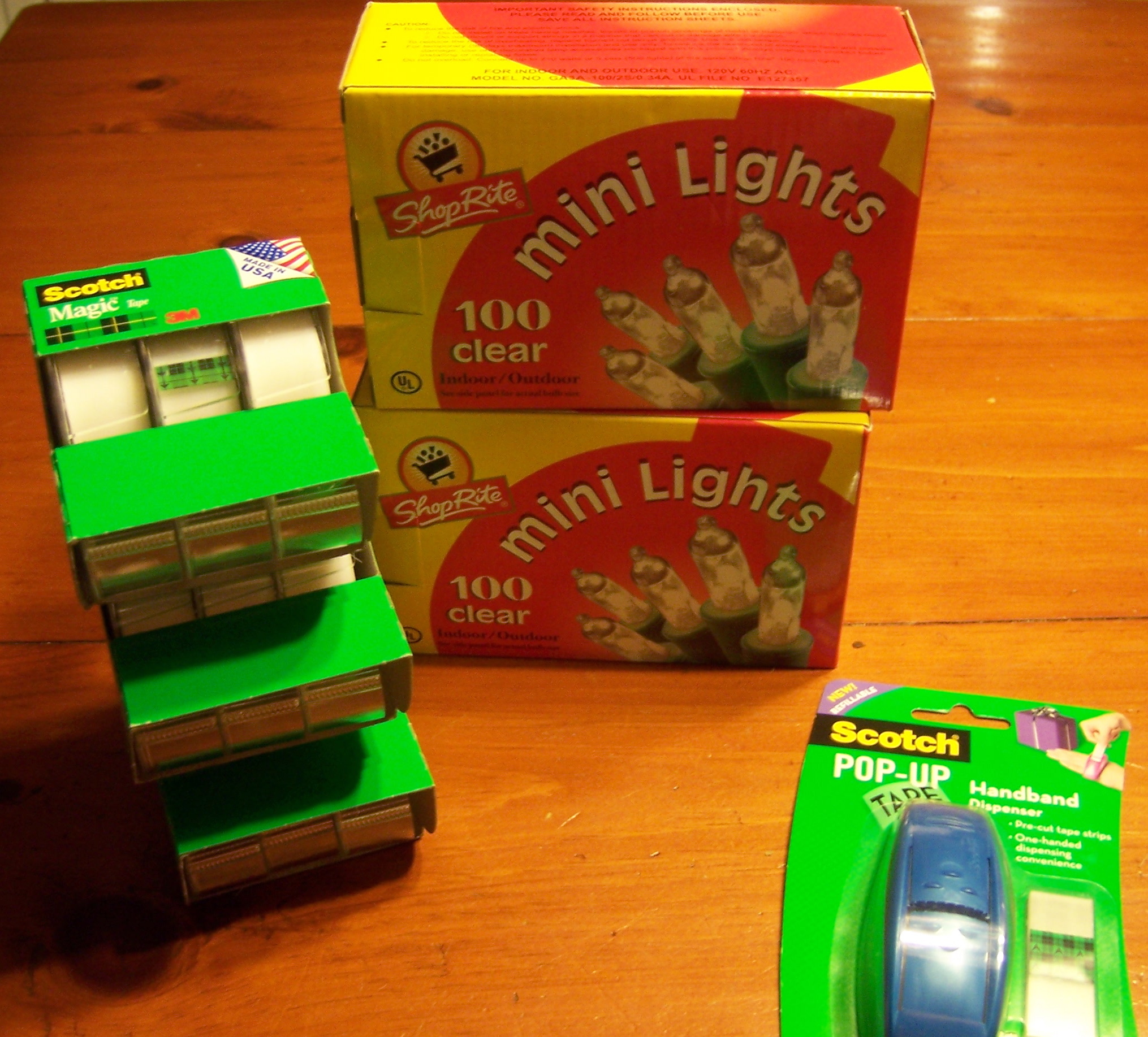 i am in need of christmas lights this year so i wanted to see if the 5 toy appliance battery catalina at shoprite would work on the lights